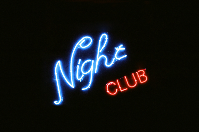 "néon ""night club"""